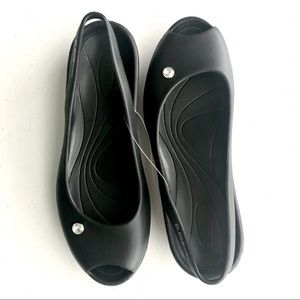 Elega Sport Black Slingback Sandals with Jewel